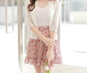asian fashion, flower, and kfashion image