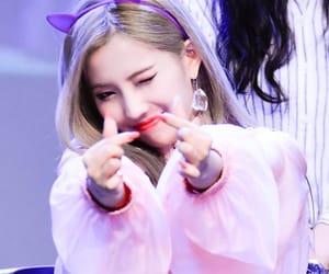 idle, soyeon, and kpop image