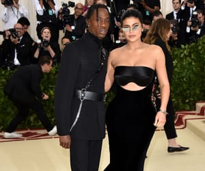 kylie jenner, met gala, and fashion image