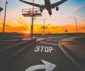Flying, sky, and aeropuerto image