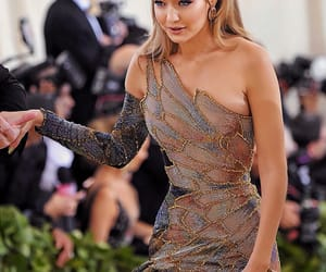 gigi hadid, model, and met gala image