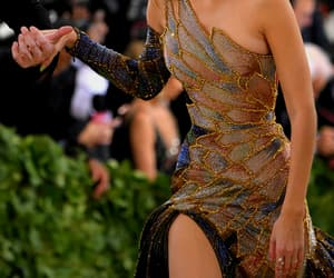 gigi hadid, met gala 2018, and beauty image