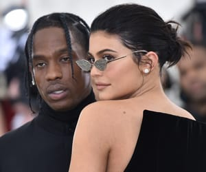 kiss, kylie jenner, and met gala image