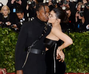 kiss, met gala 2018, and kylie and travis image