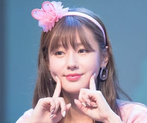 idle, kpop, and miyeon image