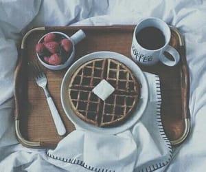 • breakfast. 🥞🍓☕️♡