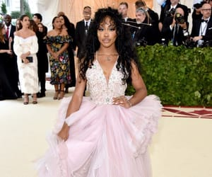 met gala, sza, and fashion image