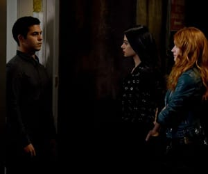 clary fray, emeraude toubia, and isabelle lightwood image