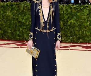 emma stone and met gala image