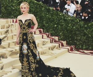 fashion, met gala, and emilia clarke image