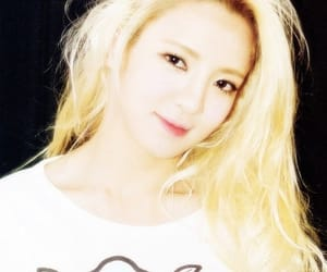 girls generation, hyoyeon, and k-pop image