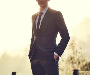 tom hiddleston, Hot, and suit image