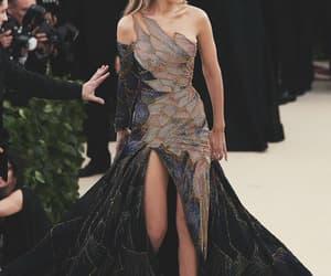 stunning, Versace, and 2018 image