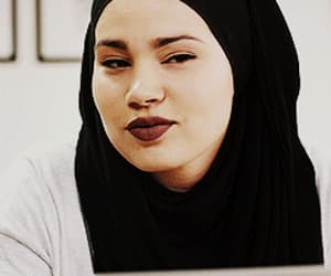 gif, skam, and serie image