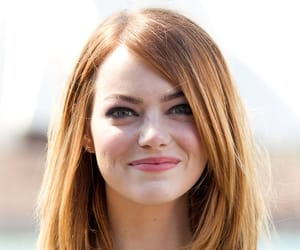 emma stone, hairstyle, and hair image