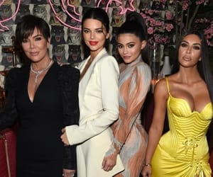 article, kendall jenner, and kris jenner image