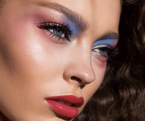 beauty, pretyy, and eyeshadow image