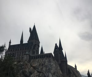 harry potter, hogwarts, and island of adventure image