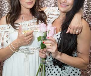 bella twins food and wine image