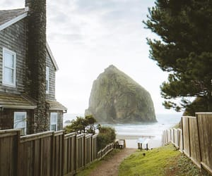 beach house and photography image