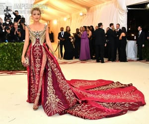 celebrity, hollywood, and met gala dress image