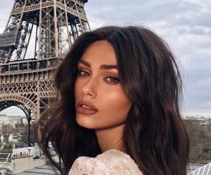 paris and makeup image