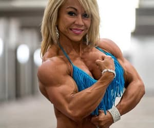 female muscle, female bodybuilders, and musclé image