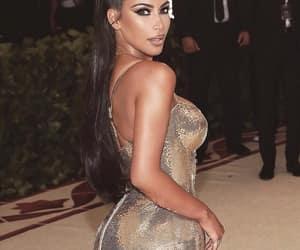 kim kardashian and met gala 2018 image