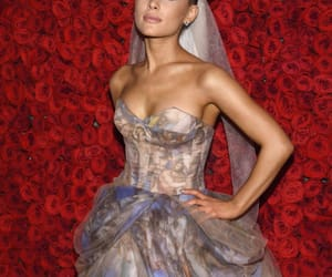 celebrity, hq, and ariana image