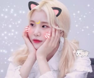 jooe, momoland, and kpop image