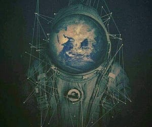 astronaut and trippy image