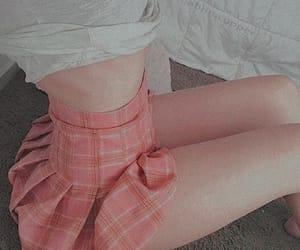 body, girl, and saia image