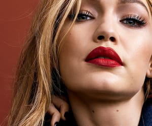 model and gigi hadid image