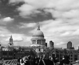cathedral, couple, and london image