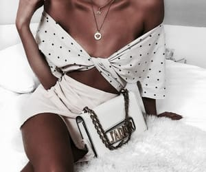 fashion, necklas, and outfit image