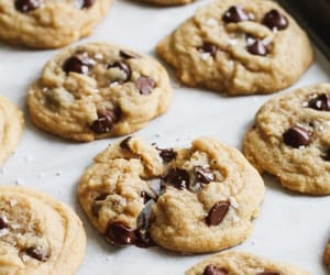 desserts, chocolate, and Cookies image