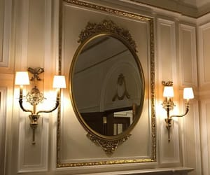 mirror and aesthetic image
