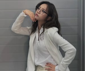 hyeri, korean, and kpop image