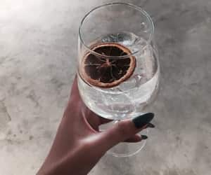 cocktail, drink, and citrone image