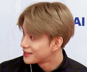 gif, jungwoo, and ♡nct♡ image