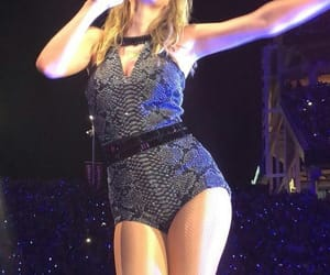 concert, Reputation, and taylor image