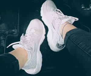 fashion, girls, and huarache image