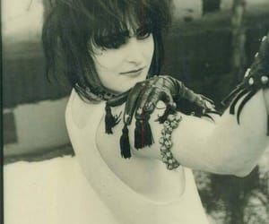 80's, siouxsie sioux, and black and white image