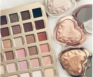 aesthetic, highlighters, and tarte cosmetics image