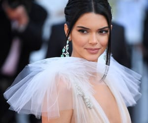 fashion, kendall jenner, and celebrity image