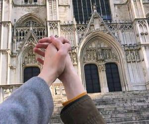 руки and храм image