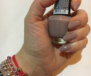 almond, color, and nails image