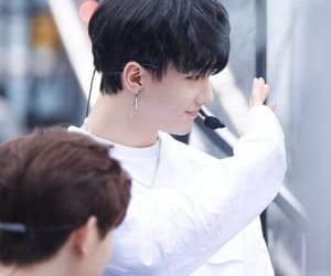 boy, korean, and sk image