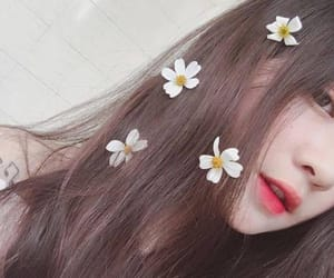 flowers and ulzzang image