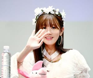 idle, kpop, and miyeon image